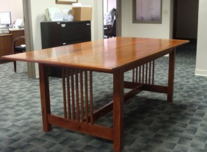6' mohogany table